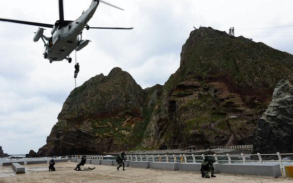【愕然】韓国海軍、竹島で防衛訓練実施へ・・・のサムネイル画像
