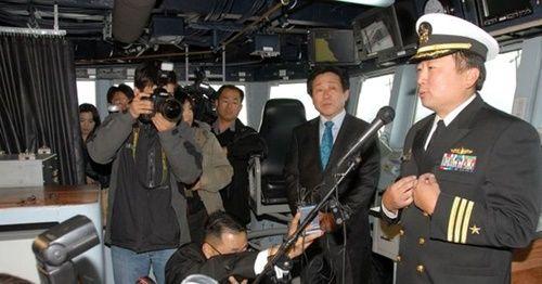 """【愕然】「韓人」が初めて""""米海軍イージス駆逐艦艦長""""になった結果がヤバいwwwwwwwwwwwwwwのサムネイル画像"""