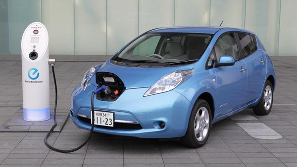 【激震】個人の「電気自動車」購入に補助へ!!!→ その額がwwwwwwwwwwwwwwww