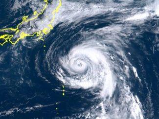 【速報】台風13号に続き、新たな「勢力」が日本に攻め込んでくる模様wwwwwwwwwwwwwwwwwwwのサムネイル画像