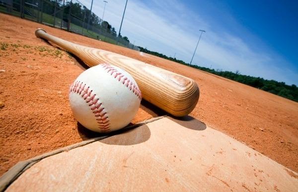【速報】プロ野球、あの有名選手が「現役引退」を表明!!!!!のサムネイル画像