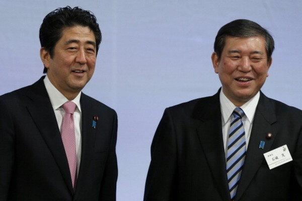 【悲報】麻生太郎「選挙の顔として、どちらが戦いやすいかよく考えてみて」← ひでえwwwwwwwwwwwwwwww のサムネイル画像