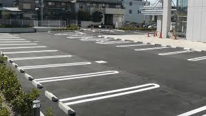 【驚愕】駐車場「右折退場はご遠慮ください」→ 無視した結果、とんでもないことに・・・・・のサムネイル画像