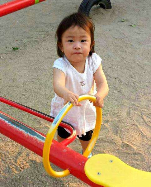 【福岡】2歳女児、治療が終わりぐったり → 院長「疲れて寝ているだけ」→ 結果・・・・・のサムネイル画像