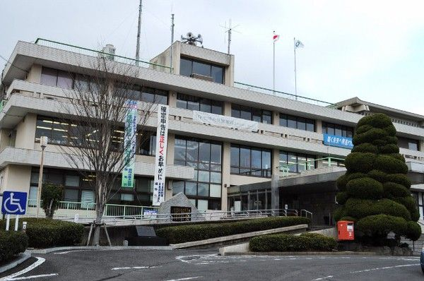 large_嬉野市総合支所