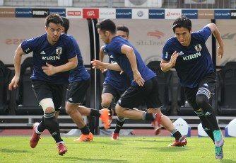 【AI】「サッカー日本代表が優勝する確率」→ 人工知能が分析した結果wwwwwwwwwwwwwwのサムネイル画像