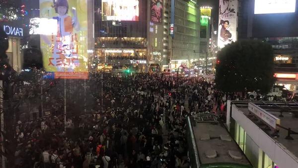 【暴動】渋谷のハロウィン、犯罪のオンパレードになる・・・(※動画あり)のサムネイル画像
