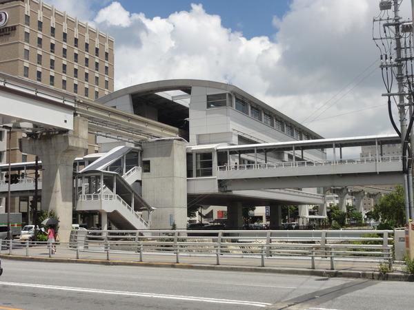 【画像】外国語に侵略されてしまった日本の駅がコチラwwwwwwwwwwwwwwwwwのサムネイル画像