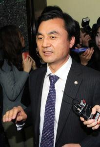 【朗報】韓国国防委員長、安倍首相を歴史上の人物に重ねるwwwwwwwwwwwwwwwwwwwのサムネイル画像