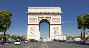 【速報】フランス・パリの中心部で大規模な「爆発」が発生!!!!!!!!のサムネイル画像