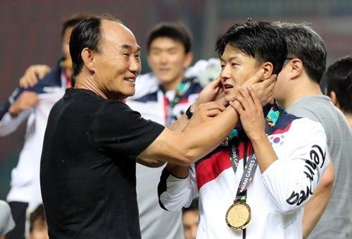 【愕然】韓国サッカー監督、日本への憎悪を語るwwwwwwwwwwwwwwwのサムネイル画像