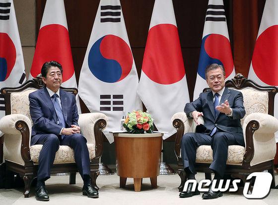 【韓国】「ムン大統領、新しい天皇に会うために訪日か!?」→その結果wwwwwwwwwwwwwwwwwwwのサムネイル画像