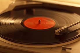 【驚愕】オーストラリア最大の「レコード」コレクターが亡くなった結果・・・のサムネイル画像