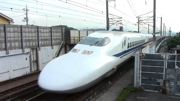 【速報】新幹線、東京~博多で運転見合せ!!!→ その理由が・・・・・