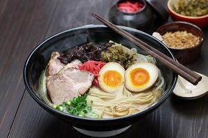 【悲報】中国人が日中韓のラーメンを食べ比べ → 韓国が格の違いを見せつけてしまうのサムネイル画像
