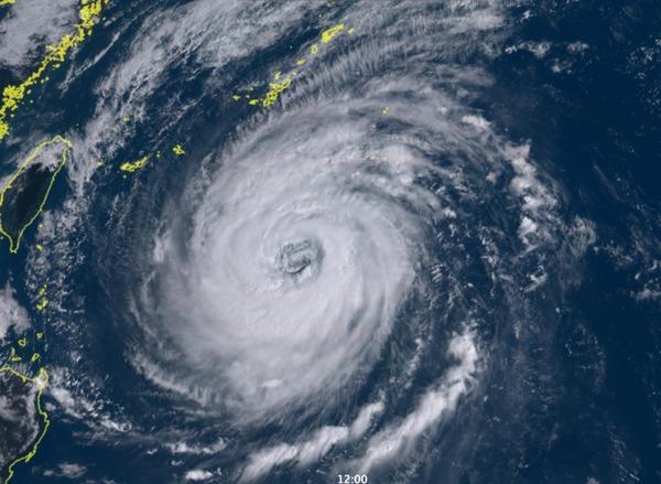 【速報】 台 風 2 4 号、 最 恐 のサムネイル画像