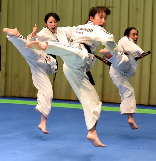 【画像】韓国さん、テコンドーで旭日旗を撃破wwwwwwwwwwwwwwwwwwwwwwwのサムネイル画像