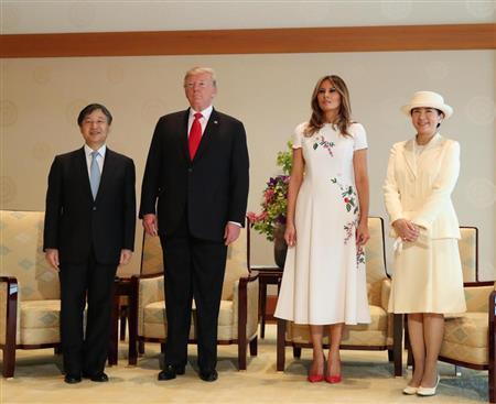 【すげえw】トランプ夫妻から天皇陛下に贈られた物wwwwwwwwwwwwwwwwのサムネイル画像