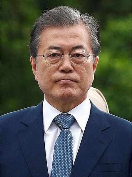【速報】韓国ムン大統領、日韓関係の見解表明へwwwwwwwwwwwwwwwwwwwwww のサムネイル画像