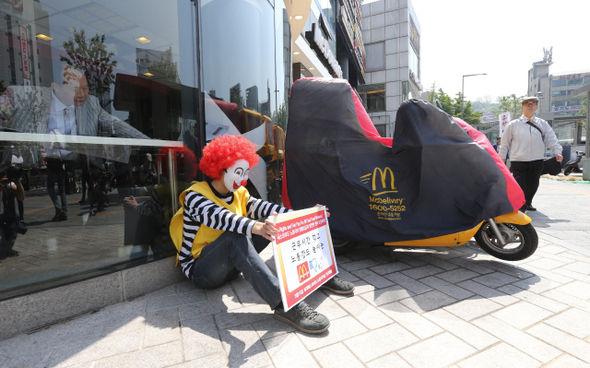 【悲報】「最低賃金」が上昇した韓国の末路wwwwwwwwwwwwwwwwのサムネイル画像