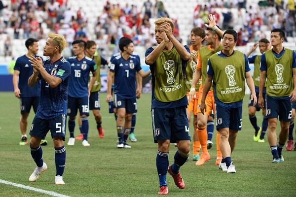 【ワールドカップ】日本対ベルギーの試合、海外の反応がスゴイwwwwwwwwwwwwwのサムネイル画像