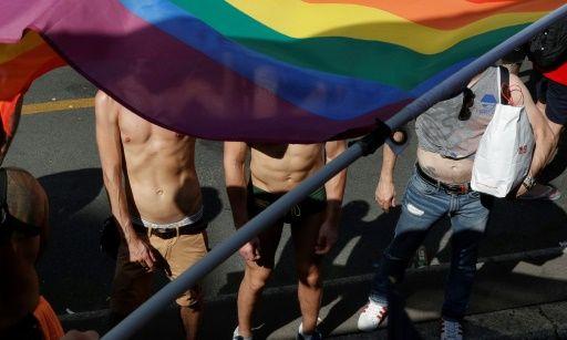 【警告】LGBTの人たちの末路がヤバい…→緊 急 事 態 へ!!!!!!のサムネイル画像