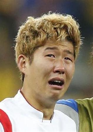 【W杯】韓国2連敗 → ソン・フンミンが号泣謝罪へ・・・のサムネイル画像
