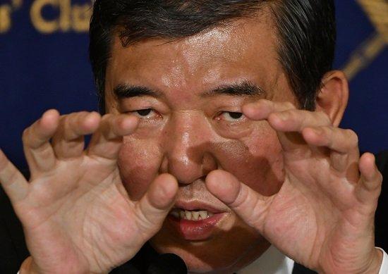 【総裁選】石破茂さんの政策ビラ、そのキャッチフレーズがwwwwwwwwwwwwwwwwのサムネイル画像