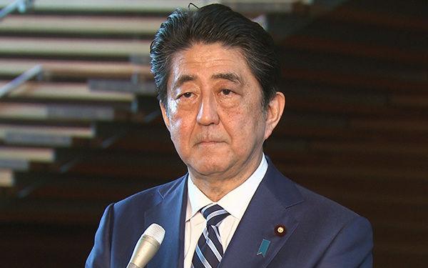 【画像】安倍首相による西日本豪雨での「様子」が4コマ漫画になってしまうwwwwwwwwwwwwwwwwwwww のサムネイル画像