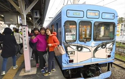 【速報】伊賀市に「忍者市駅」爆誕wwwwwwwwwwwwwwwwwwwwwwwのサムネイル画像
