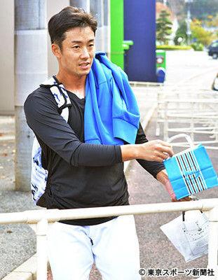 【衝撃】斎藤佑樹、ついに「引退」か?→ 直撃取材した結果・・・・・のサムネイル画像