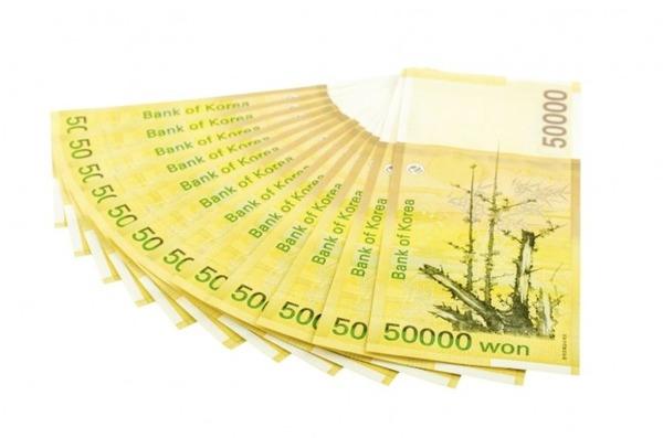 【愕然】韓国人、日本で大量就職 →「韓日通貨スワップは避けられない」のサムネイル画像