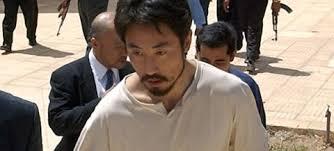 【画像】シリアで拘束された安田さんの最新映像がヤバい件・・・!!!のサムネイル画像