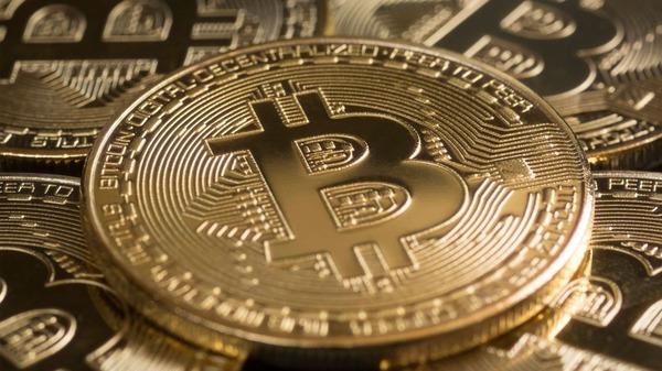 【仮想通貨】「ビットコイン」バブル、弾ける!!!!!のサムネイル画像