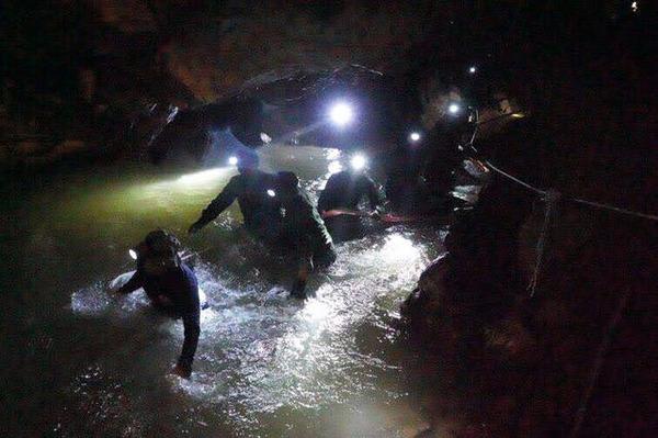 【驚愕】タイ洞窟事件、圧倒的絶望な「理由」をご覧ください・・・・のサムネイル画像