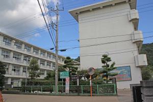 【静岡】中学生さん、他の生徒の容姿をからかい暴行される→とんでもないことに・・・・・のサムネイル画像