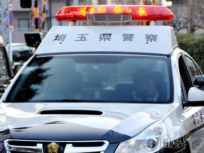 【埼玉】クラクション鳴らされた男性、車に立ち向かう!→ その結果が・・・・・のサムネイル画像