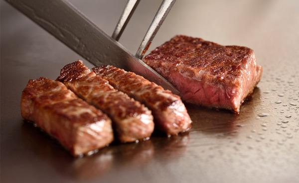 【驚愕】中国人「日本に来て一枚25000円の肉に驚いたが、食べたら理由が分かった!」→ その内容がwwwwwwwwwwwwwwwwww