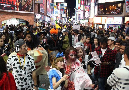 【戦慄】ハロウィンで痴漢された女さんがブチギレた結果・・・・・のサムネイル画像