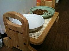 新しい食器台1