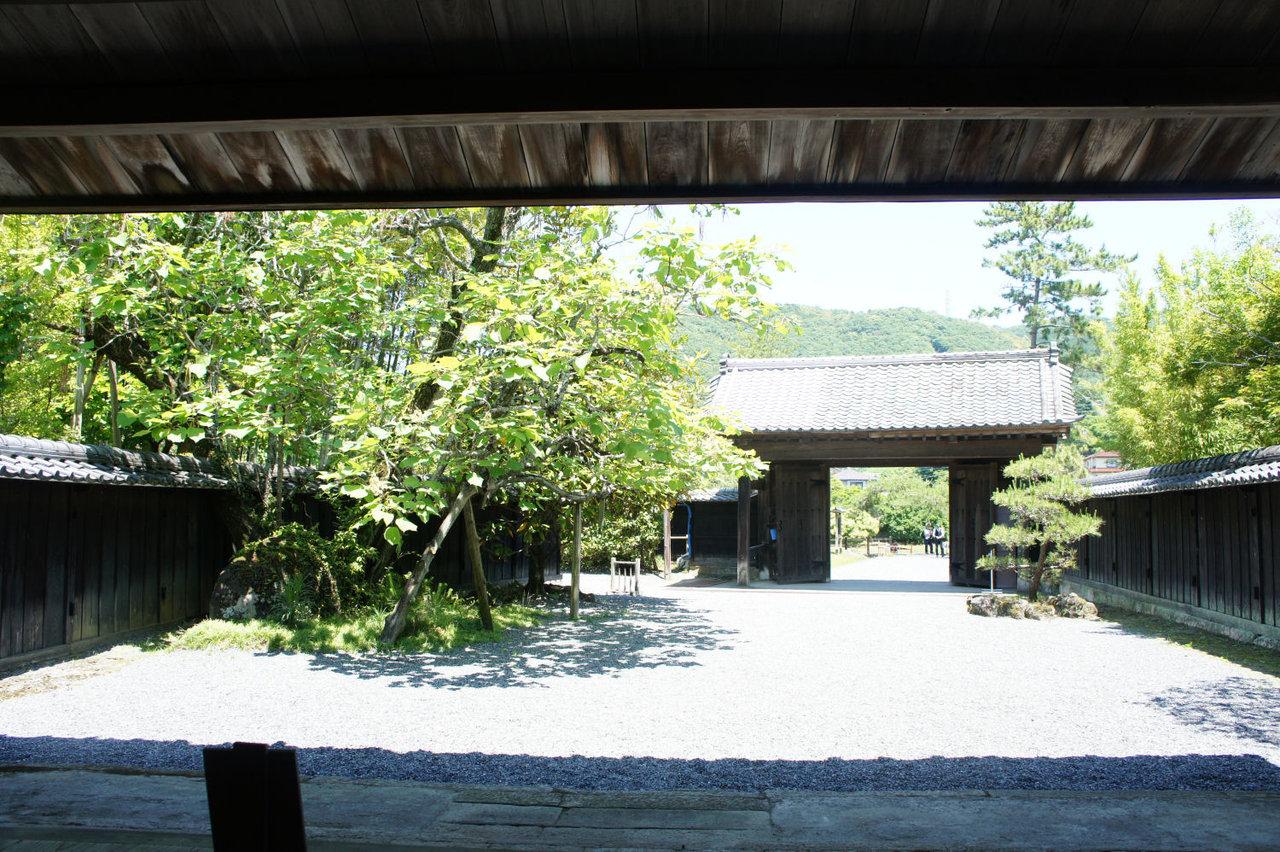江川亭玄関邸内部