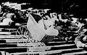オデッサの階段_乳母車