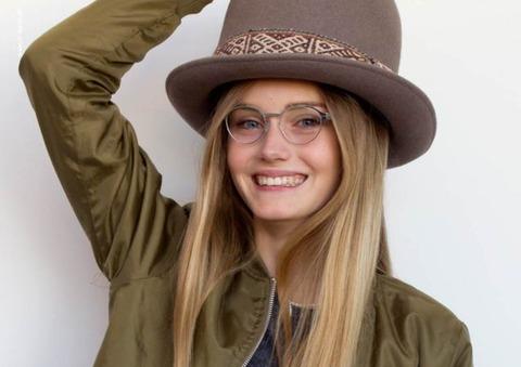 Sophia_H_wears_Elisabeth_Amalie_chrome