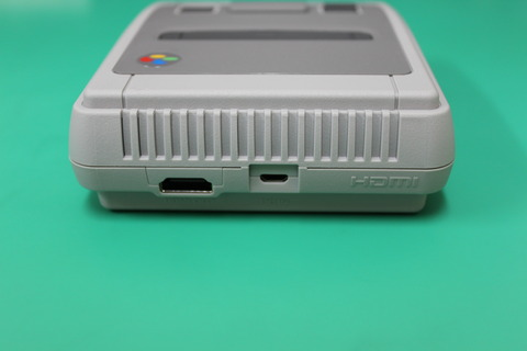 ニンテンドークラシックミニ スーパーファミコン 背面