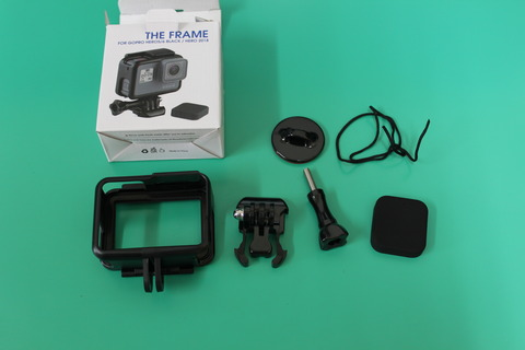 GoPro FRAME 電源やマイク穴もふさがないフレーム
