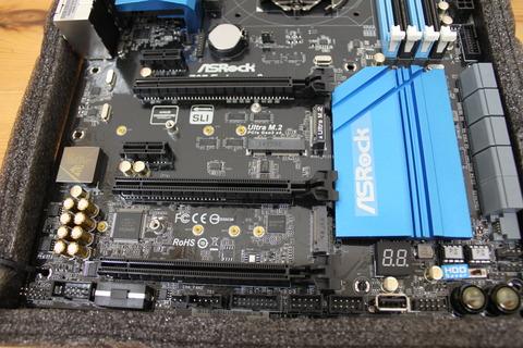 マザーボード ASRock Z97 Extreme6