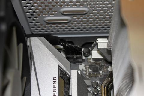 CPU補助電源接続