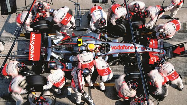 2007年、ルイス・ハミルトンのピットイン、F1ルーキー・シーズンの2戦目(マレーシアGP)