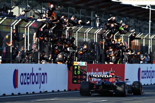 セルジオ・ペレス(レッドブル・ホンダ)優勝:2021年F1アゼルバイジャンGP