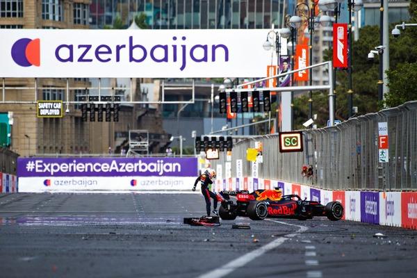 マックス・フェルスタッペン、クラッシュ:2021年F1アゼルバイジャンGP